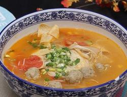 清汤番茄丸子火锅米线